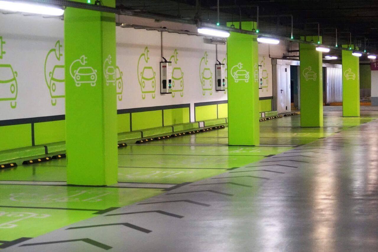 eHáló referencia-Aréna Mall elektromos töltők